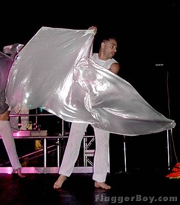 White Party 04 – Miami – Show