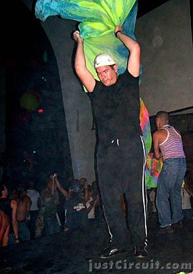 White Party 04 – Miami – Flagging